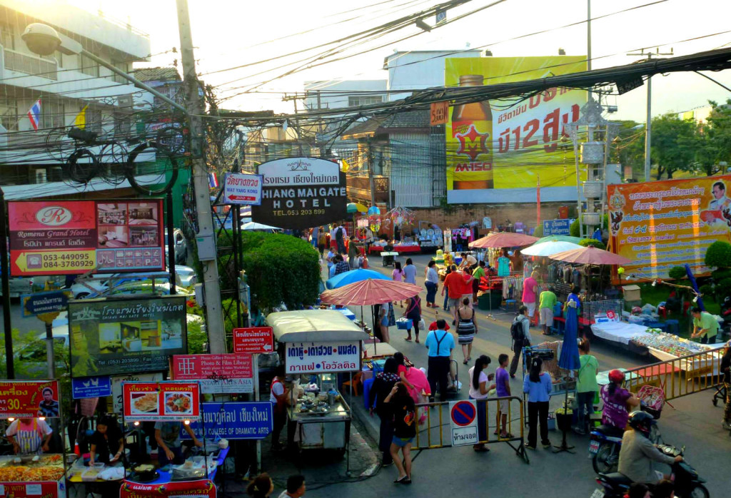 5 reasons why we loved Chiang Mai - Busy street life